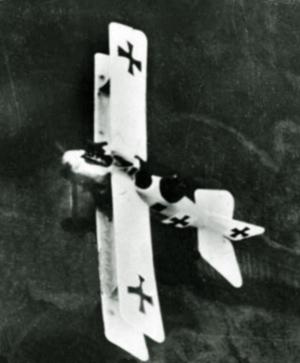 Tysk biplan i luften