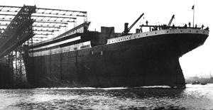 Titanics stabelafløb - hun søsættes