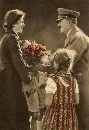 Føreren uddeler roser