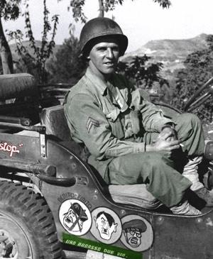 Amerikansk jeep med de vigtigtigste ledere fra Aksemagterne påmalet