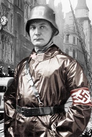 Hermann Göring foran brandbiler og med Pour le Merite