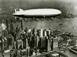 Zeppelineren Hindenburg over New York
