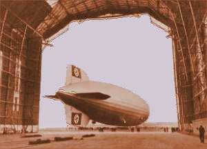 Zeppeliner på vej ud af dets hangar
