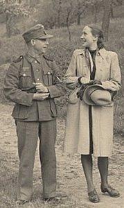 Kærestepar - Tysk soldat med ung kvinde