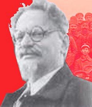 Trotskij - tyske og russiske soldater i baggrunden
